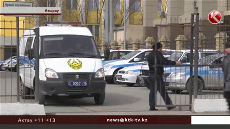 Полиция прокомментировала обвинения в рэкете, подкупе, шантаже и подделке документов