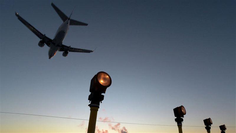 Fokker-100 больше не взлетит без специального акта