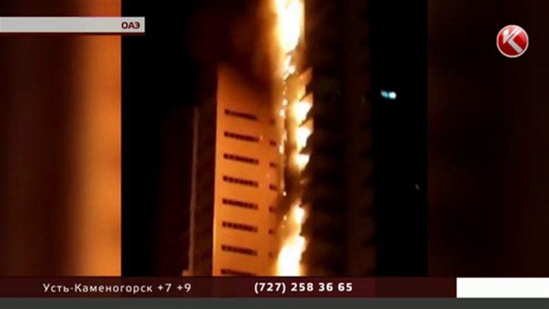 В ОАЭ сутки не могут потушить небоскреб