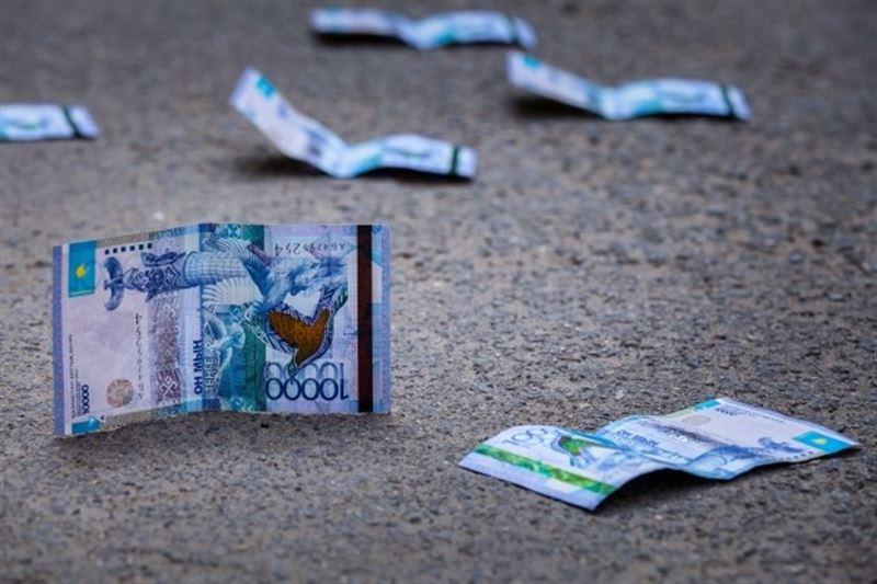 Резкое укрепление тенге опасно для бюджета