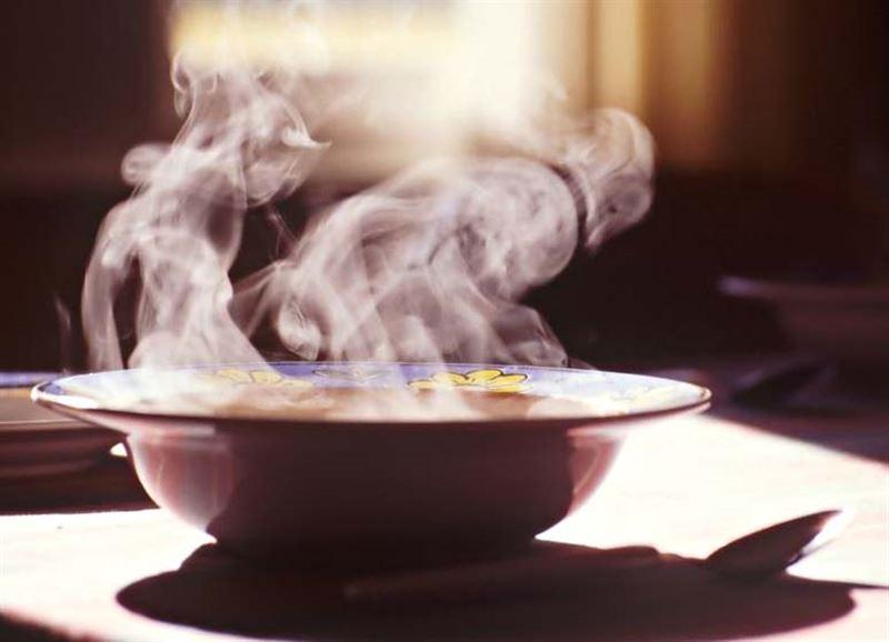 Алматинка спасла от краха проект «Бесплатные обеды»