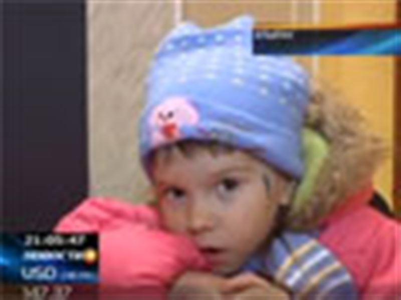 В Атырау полицейские обнаружили брошенного ребенка