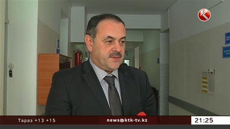 В Усть-Каменогорске главу облздрава отправили в изолятор