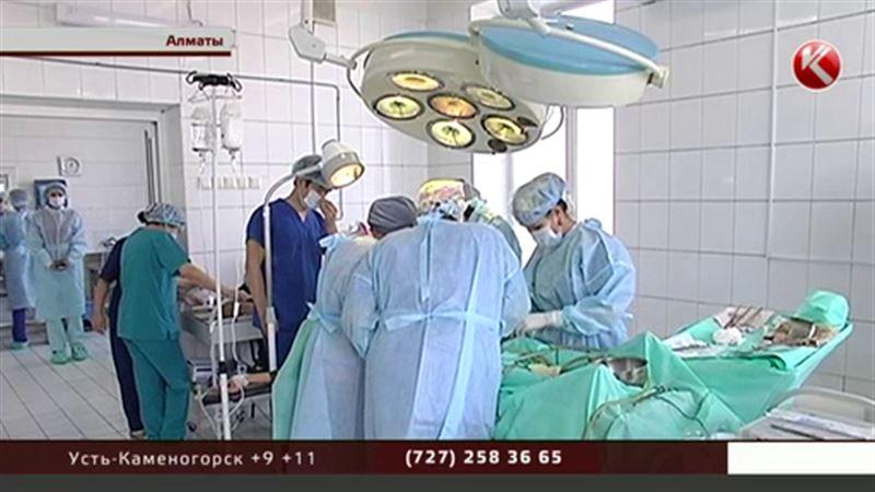 В Алматы провели сложную операцию по пересадке печени детям