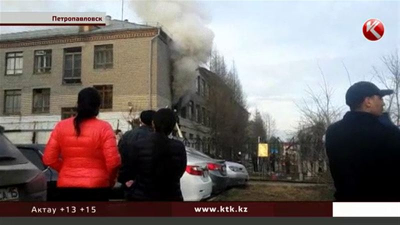 В Петропавловске восстанавливают воинскую часть, поврежденную пожаром
