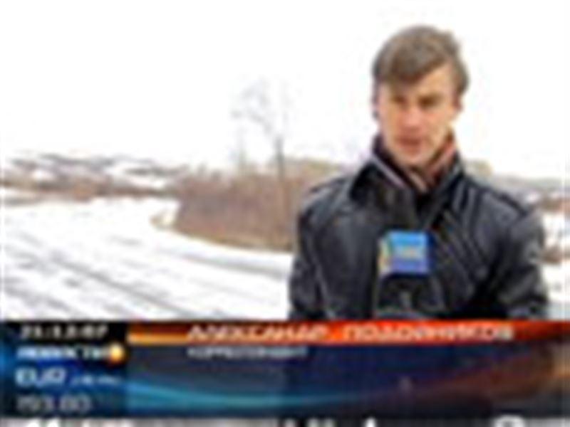Непогода продолжает наносить удары по казахстанским регионам. Уже есть первые пострадавшие