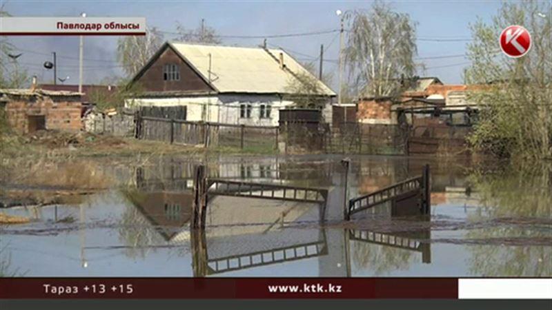 Павлодар облысында жаңадан салынған бөгет тасқынға шыдамай қирап жатыр