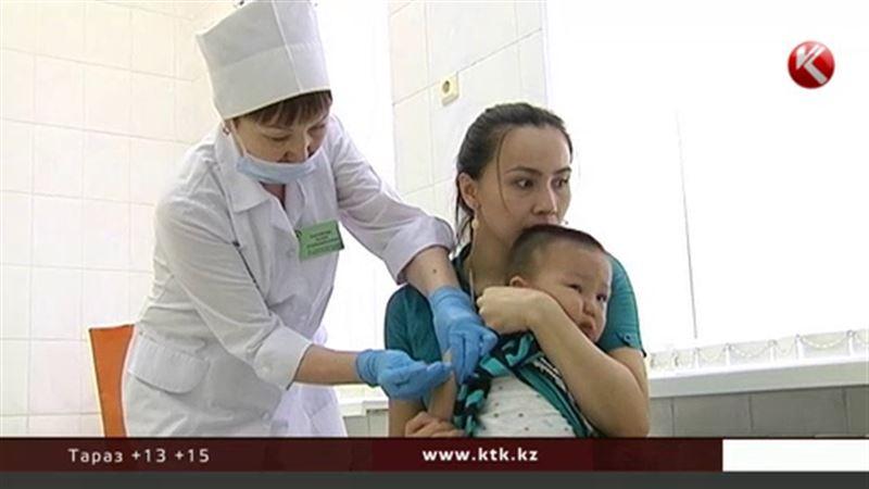Мажилисмены разделяют опасения мамочек по поводу прививок