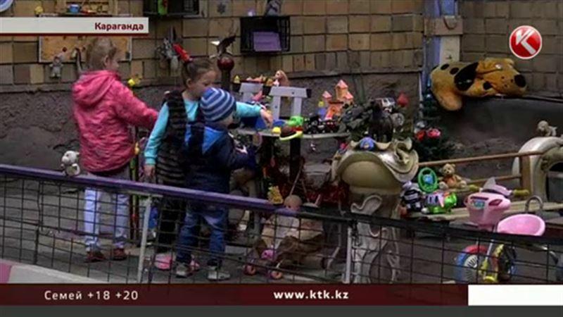 Карагандинский пенсионер создал для ребятишек настоящую сказку