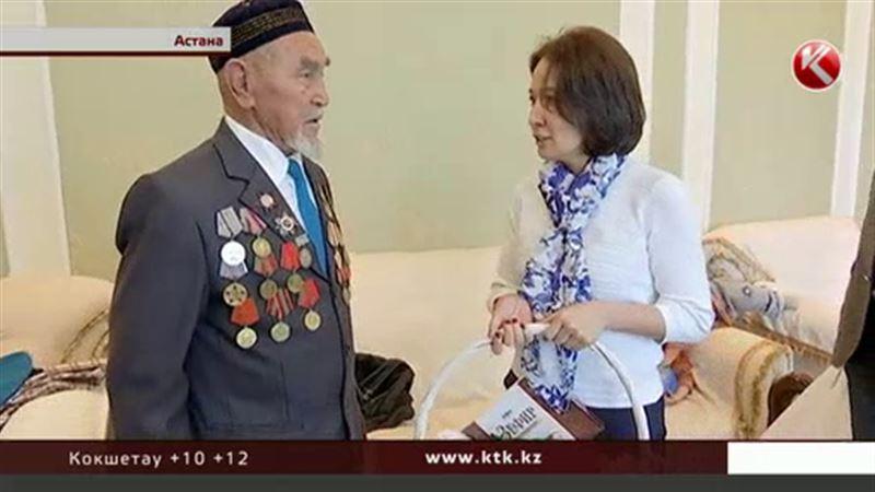 Деловые женщины дарят подарки казахстанским ветеранам