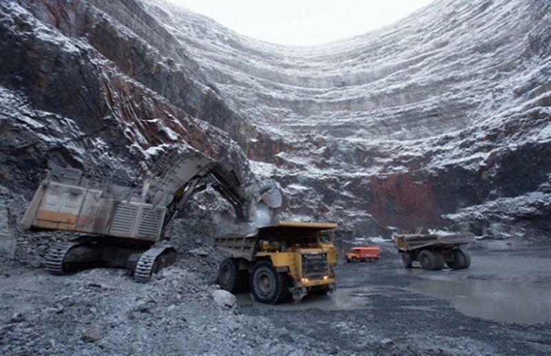 Жесткие законы и ударный труд сохранят казахстанскую землю