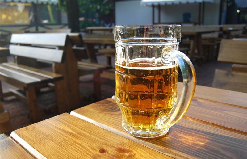 В Казахстане упало производство пива и водки