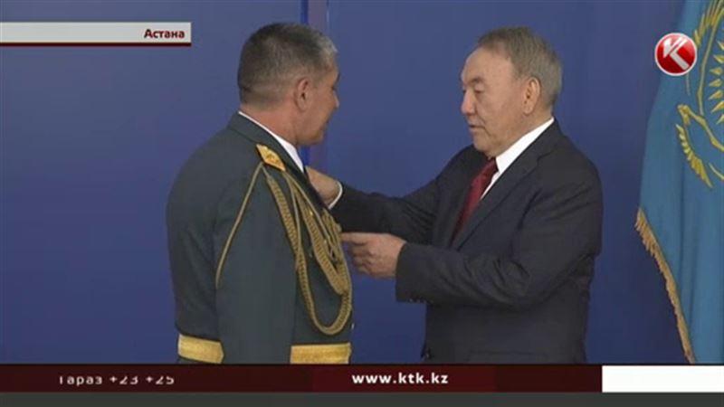 Героям страны вручили государственные награды