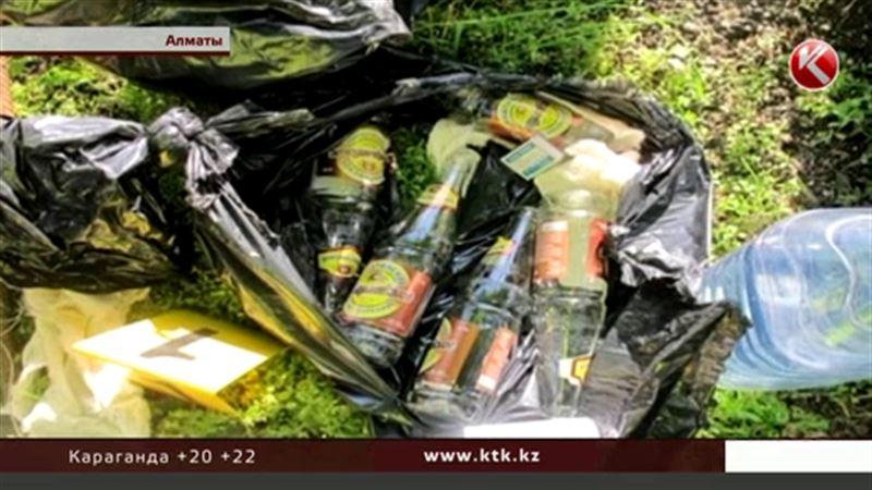 Тайники с канистрами, арматурой и «коктейлем Молотова» обнаружены  в центре Алматы