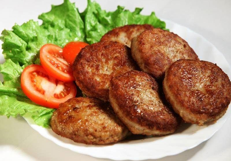 Алматинским «Бесплатным обедам» не хватает мяса и гречки