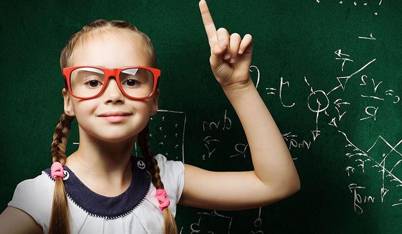 Школа: в чем «прокололся» Запад и на чем выиграет Казахстан