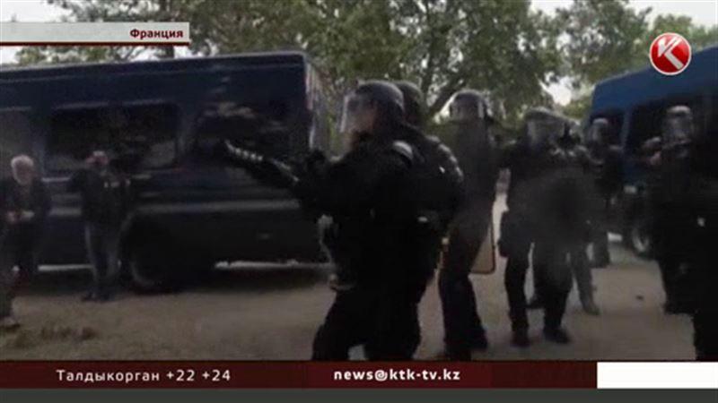 Французские следственные изоляторы забиты