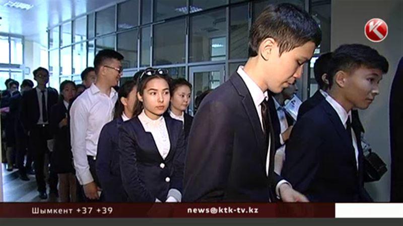 Почти 17% казахстанских выпускников провалили ЕНТ