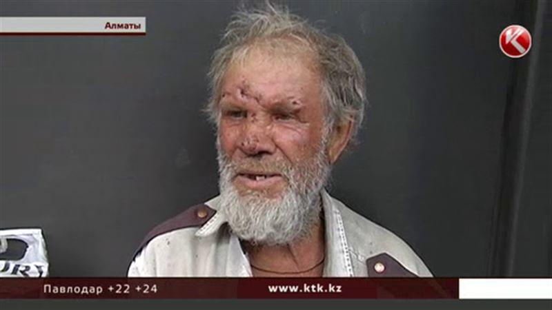В Алматы мужчина поселился прямо на автобусной остановке