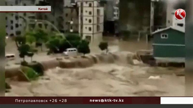 Почти полмиллиона человек эвакуированы на юго-востоке Китая