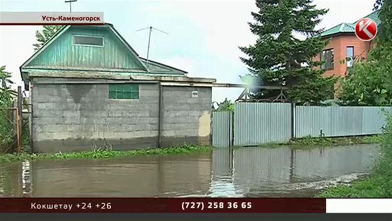 В Усть-Каменогорске эвакуируют людей - Иртыш вышел из берегов