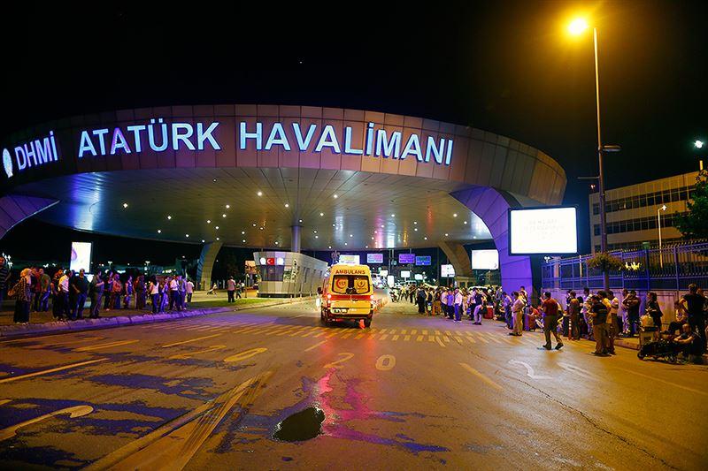 Теракты в Турции: казахстанцев среди погибших нет. ФОТО
