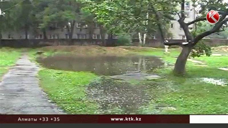 Дожди, грозы и град обрушатся на север Казахстана