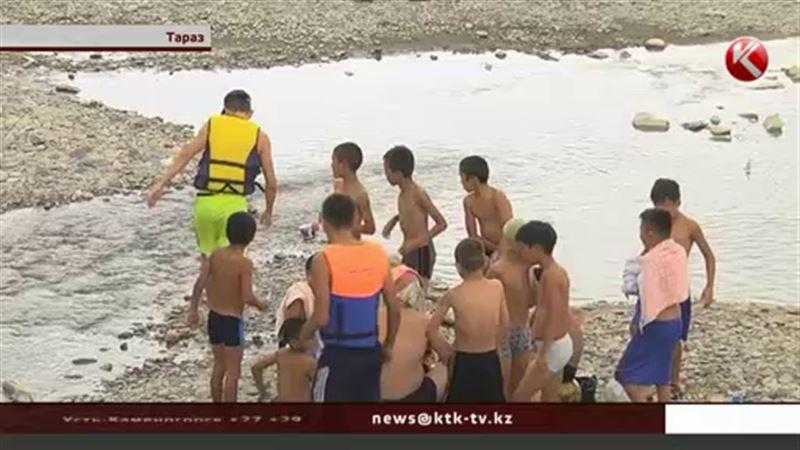 Чтобы спасти людей от воды, в Жамбылской области наняли общественных помощников