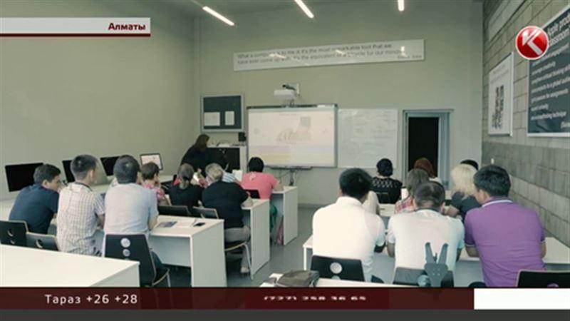 Алматинские полицейские и врачи учат английский, чтобы общаться с гостями Универсиады