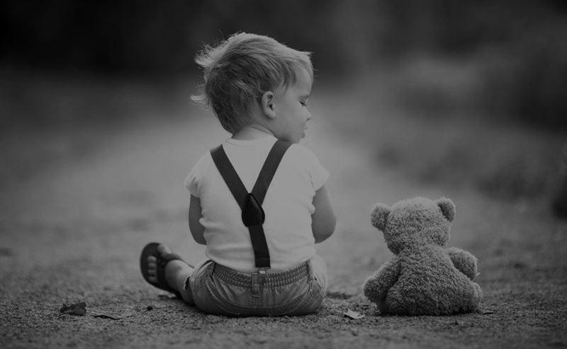 Алматинка бьет тревогу: у нее отбирают единственного ребенка