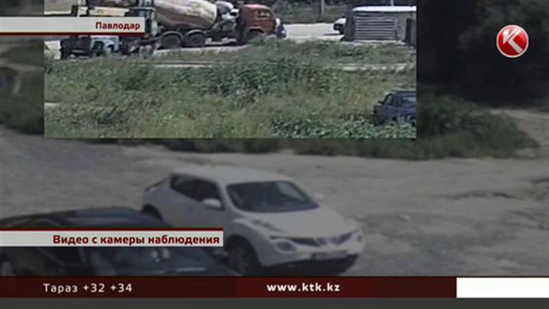 В Павлодаре пожилую женщину задавила бетономешалка