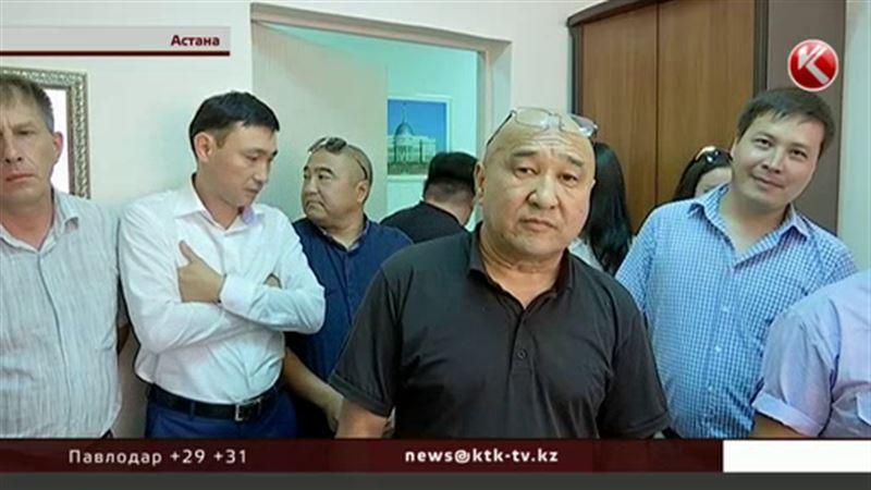 Астанада қызметкерлерін балағаттап аты шыққан басшы тағы дауға қалды