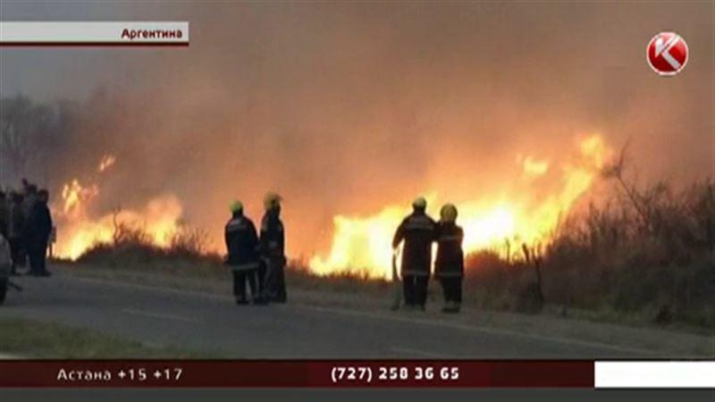 Аргентинские города эвакуируют из-за лесных пожаров
