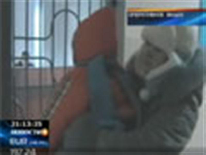 В Павлодаре 25-летняя женщина забыла своего годовалого сына в такси