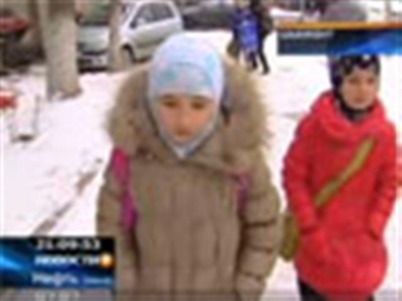 В одной из шымкентских школ педагоги отказались допускать к занятиям девочек в хиджабах