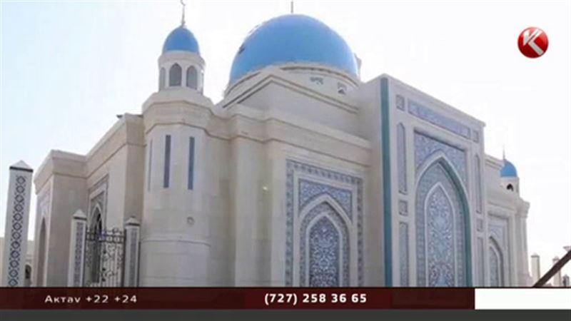 Старейшая мечеть будет носить имя скончавшегося президента Каримова