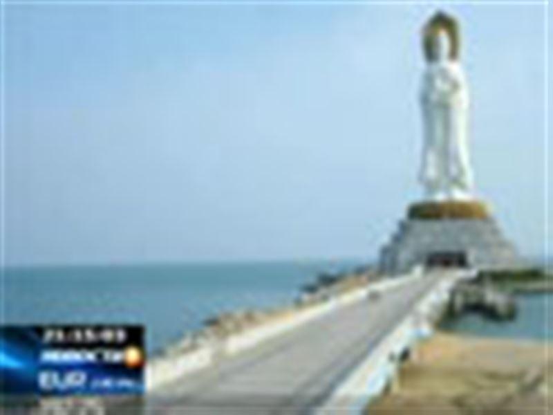 Четыре дня 160 казахстанских туристов не могут вылететь на родину с китайского курорта Хайнань