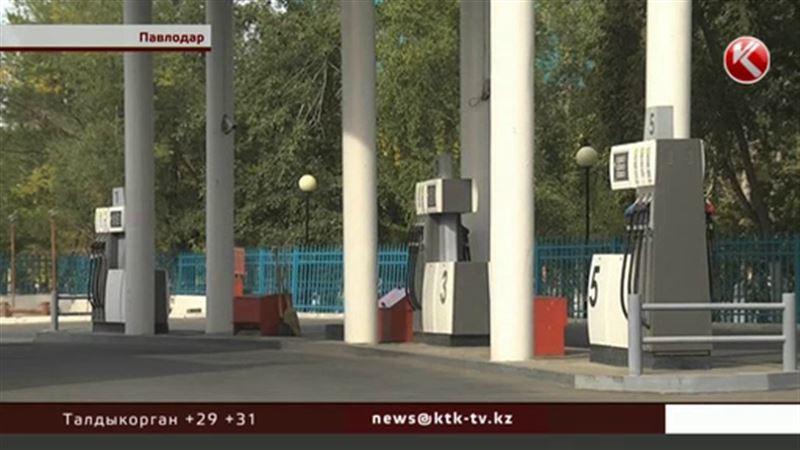 В Павлодаре бензин и солярку стали продавать по талонам
