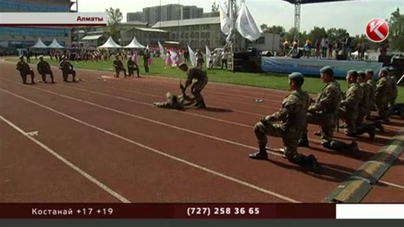 Алматинские школьники встретились c актерами и спортсменами и испытали себя