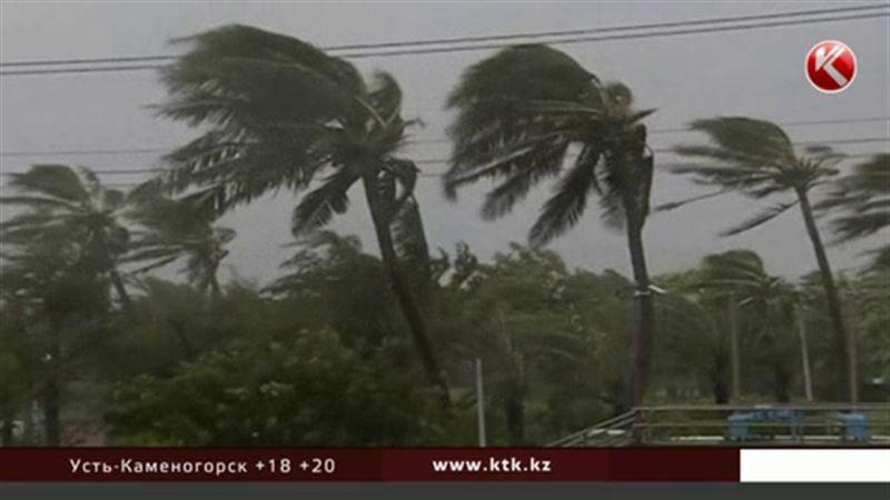 На Тайване тайфун Меги набирает обороты