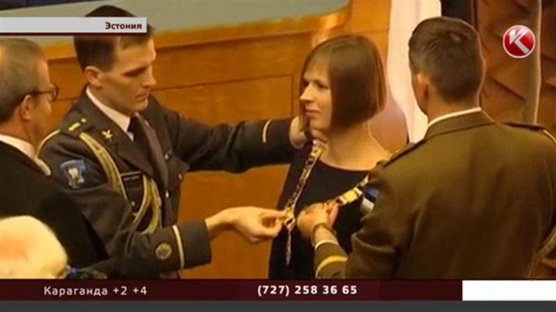 Керсти Кальюлайд официально вступила в должность президента страны
