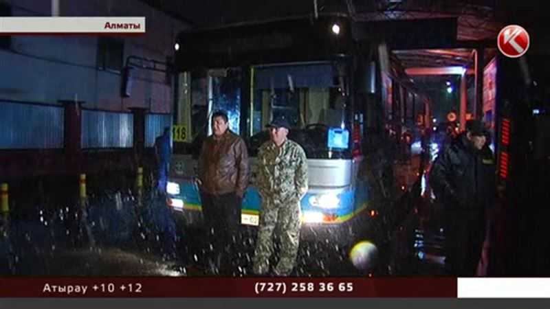 Водители алматинских автобусов устроили забастовку