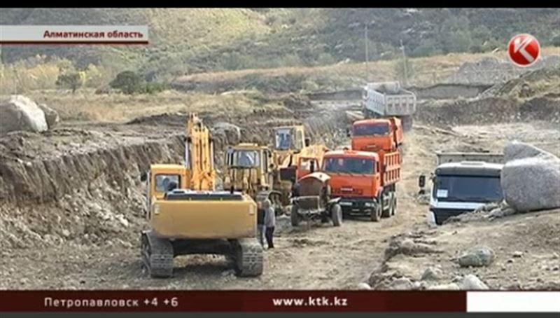 Бульдозером по истории: кто виноват в разрушении Талхиза