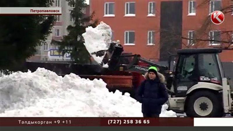 В Петропавловске выпала месячная норма снега