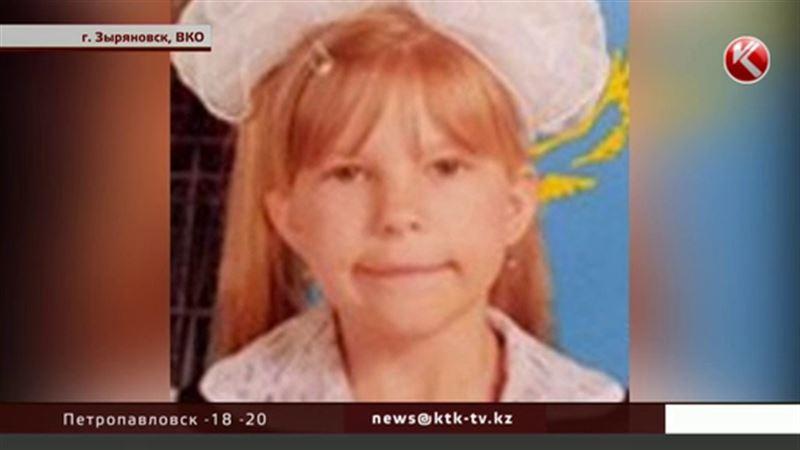 В Зыряновске простились с восьмилетней Викой Тойкеневой