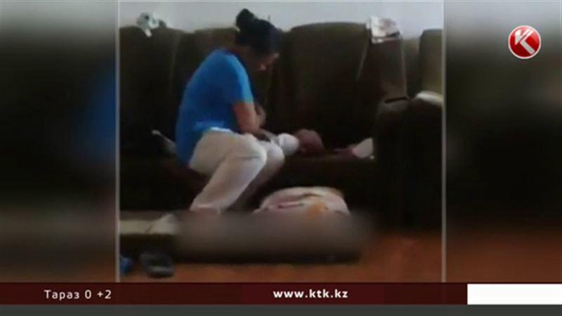 Полицейские установили личность женщины, избивавшей младенца
