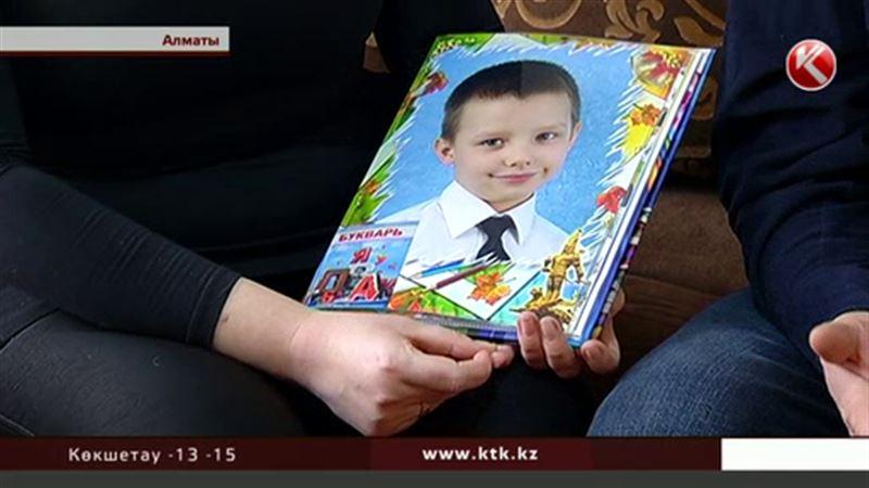 Алматы тұрғыны жалғыз баласын қағып өлтірген жүргізушіні  жауапқа тартқыза алмай жүр