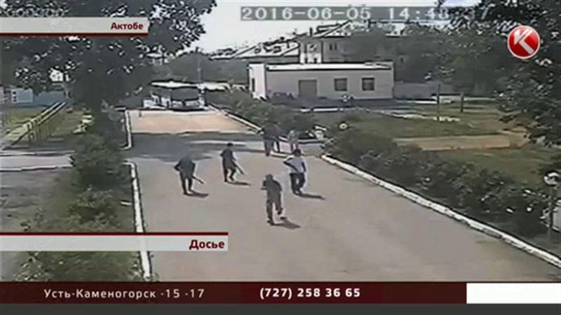 Два майора рискуют оказаться в тюрьме из-за актюбинских терактов