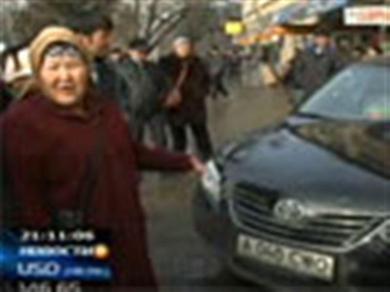 Волнения среди алматинских торговцев. Сегодня лихорадило Зеленый базар