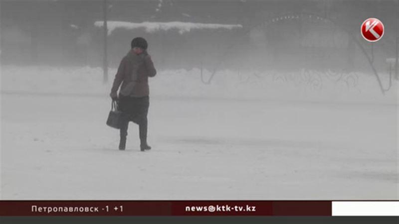 Снегопады и метели надвигаются на Казахстан